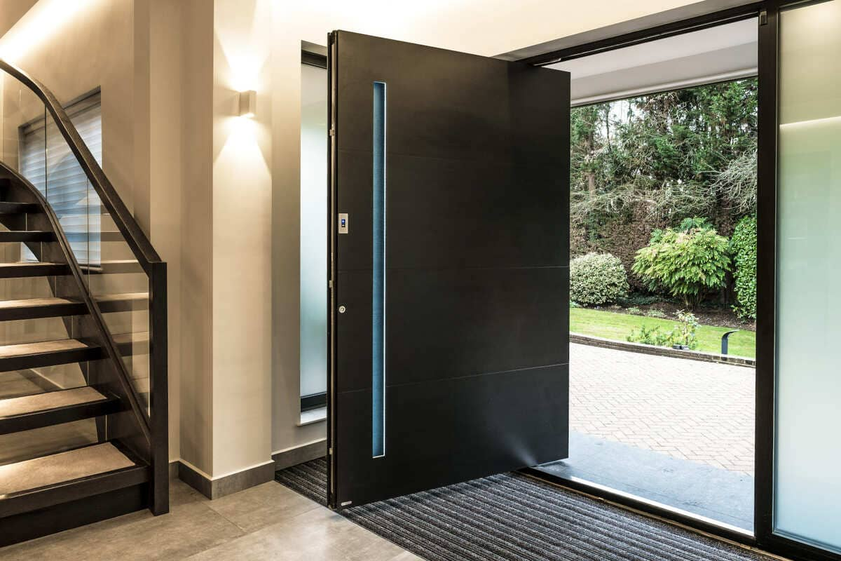 RK pivot exclusive doors